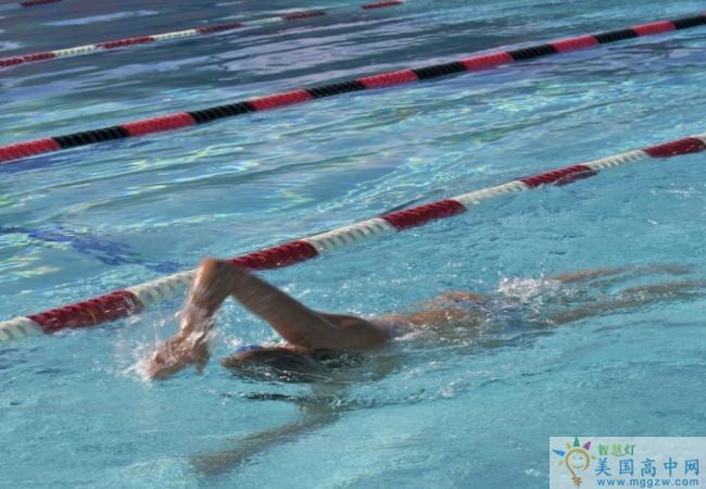 Dunn School -邓恩中学-Dunn School的游泳比赛