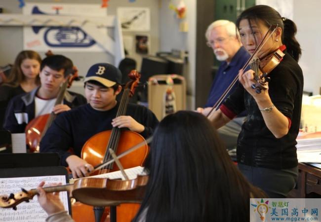 Milton Academy-米尔顿中学-Milton Academy的音乐演奏
