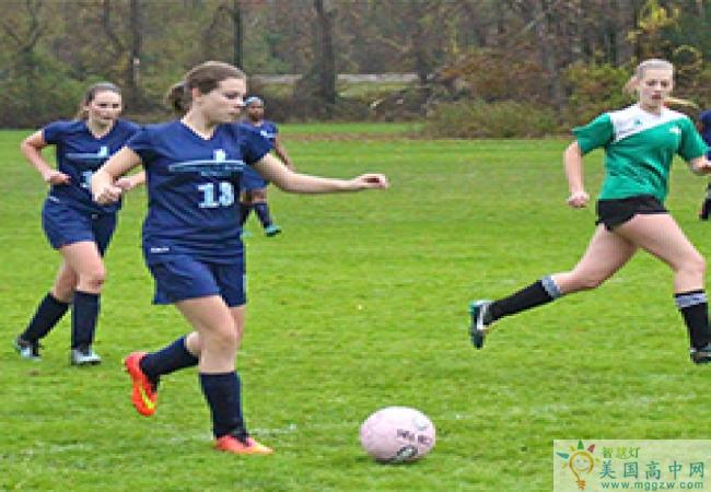 Stoneleigh-Burnham School-诗德伯翰中学-Stoneleigh-Burnham School的足球比赛