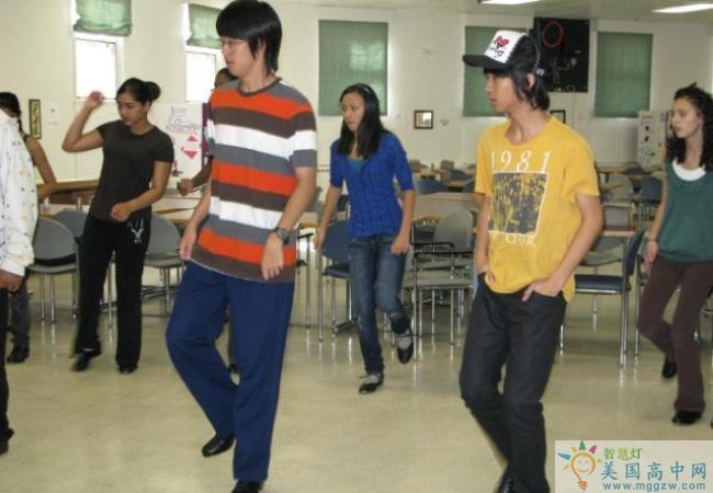 The MacDuffie School-马克杜菲高中-MacDuffie School的舞蹈学习