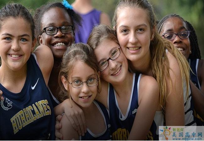 Atlanta Girls School-亚特兰大女校中学-Atlanta Girls School的学生合影.jpg