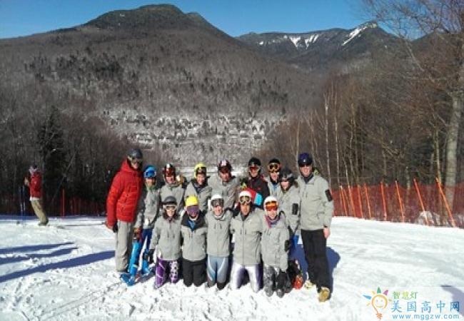 Concord Academy-康科德中学-男孩高山滑雪
