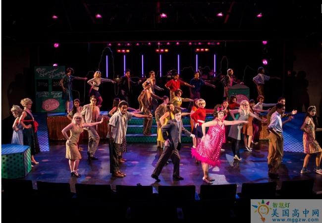 Concord Academy-康科德中学-Concord Academy的舞蹈表演
