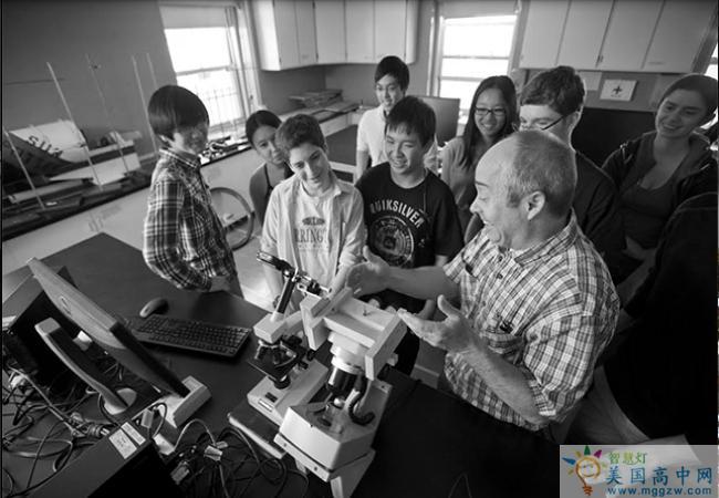 Concord Academy-康科德中学-Concord Academy的科学研究