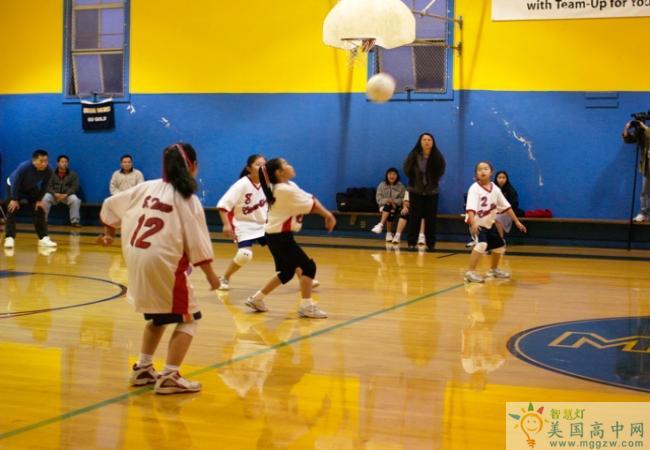 Cornerstone Academy-奠基石中学-Cornerstone Academy的排球训练.jpg