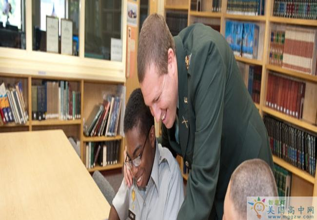 Fishburne Military School -菲什伯恩军事高中-Fishburne Military School 的图书馆