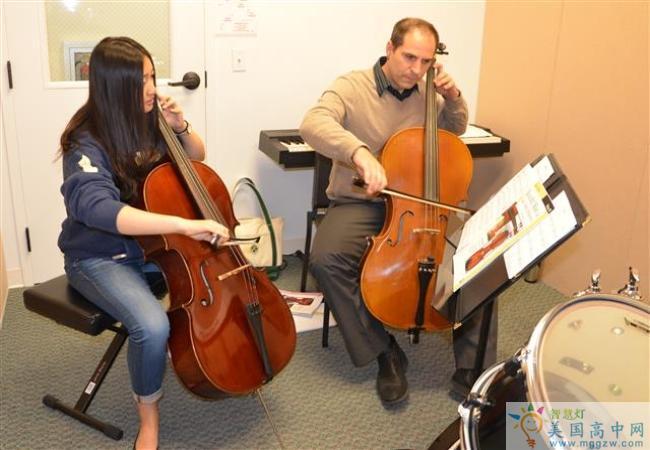Grier School-葛瑞尔女子中学-Grier School的大提琴演奏