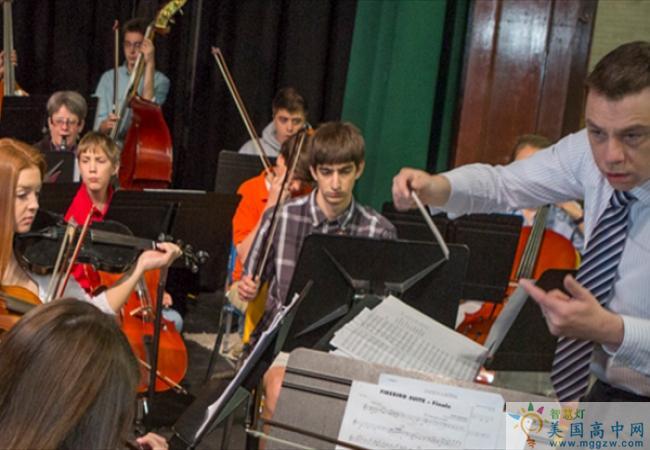Hebron Academy-希尔伯中学-Hebron Academy的音乐演奏