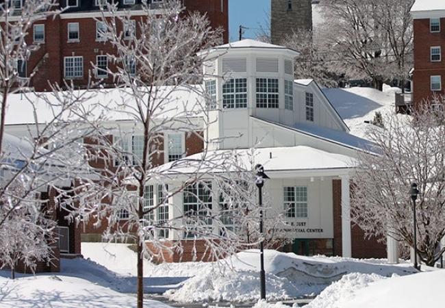 Kimball Union Academy -肯博联盟中学-Kimball Union Academy的雪景