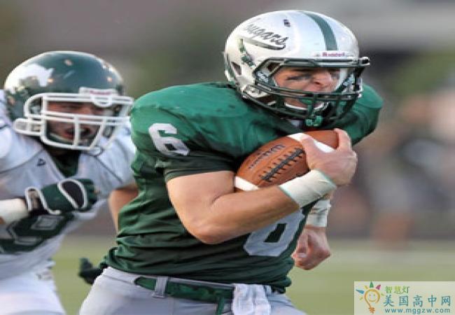 Lake Catholic High School-雷克天主中学-Lake Catholic High School橄榄球比赛.jpg
