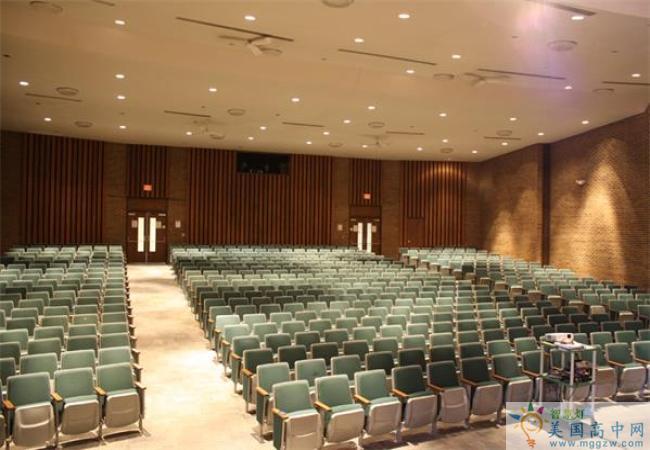 Lake Catholic High School-雷克天主中学-Lake Catholic High School剧场.jpg