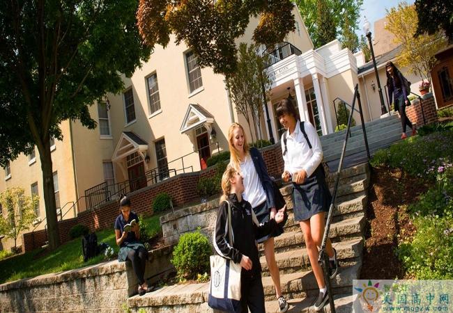 Linden Hall School-林顿女子中学-Linden Hall School的学校生活