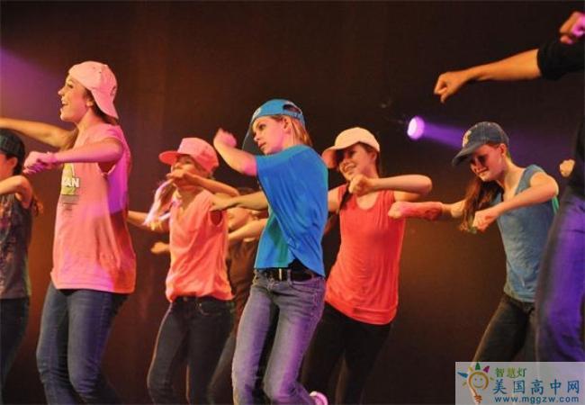 North Raleigh Christian Academy-北洛里中学-North Raleigh Christian Academy舞蹈表演