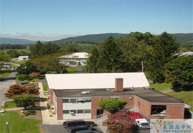 Oak Hill Academy-橡树山中学-Oak Hill Academy的环境