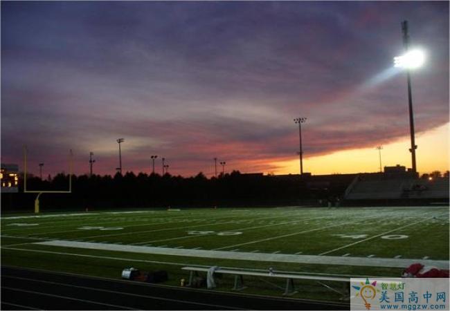 Pacelli High School-帕切利中学-Pacelli High School运动场.jpg