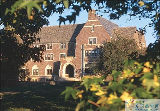 Portsmouth Abbey School-朴茨茅斯中学-Portsmouth Abbey School的建筑