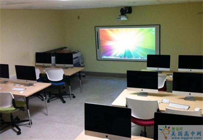 Portsmouth Abbey School-朴茨茅斯中学-Portsmouth Abbey School新的视觉艺术计算机实验室