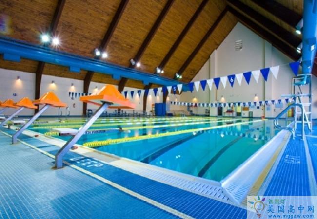 Salem Academy-塞伦女子中学-Salem Academy的游泳池