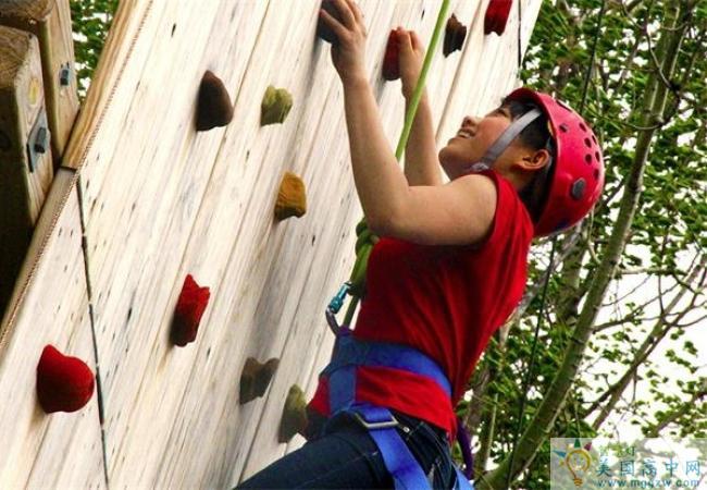 St. Johnsbury Academy -圣约翰博锐中学-StJohnsbury Academy的攀岩