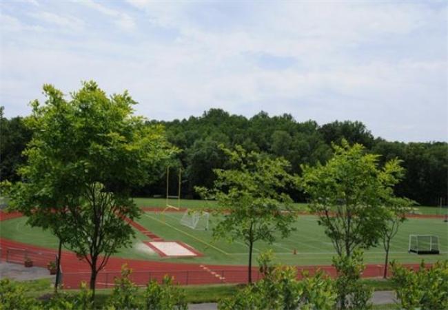The Hun School of Princeton -普林斯顿胡恩高中-The Hun School of Princeton的操场