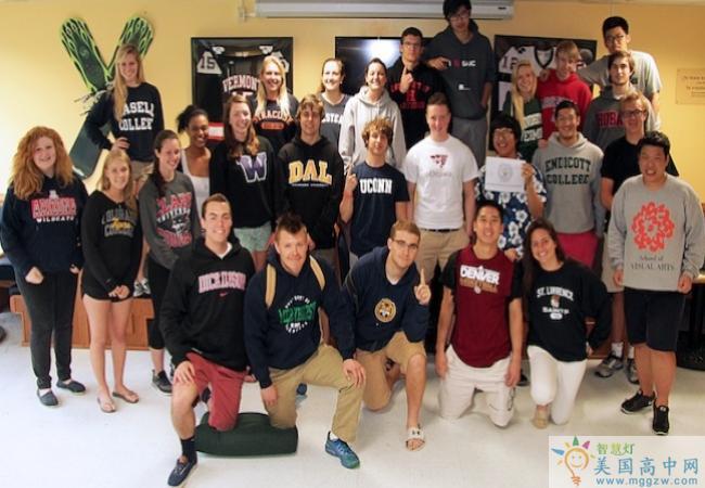Vermont Academy-佛蒙特中学-Vermont Academy 大学毕业合影