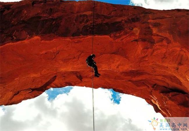 Wasatch Academy-瓦萨琪中学-Wasatch Academy的攀岩